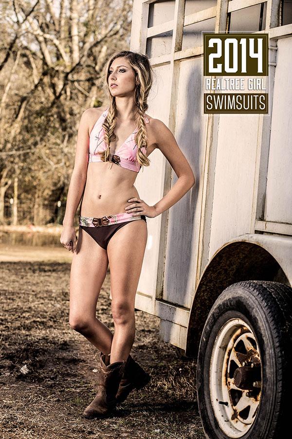 Bowhunting in bikinis